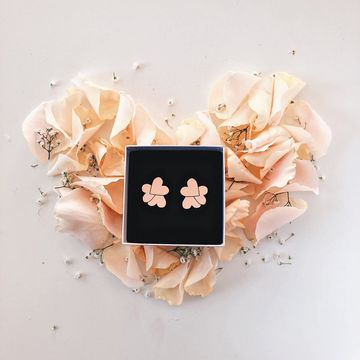 Pakahdus earrings | peach