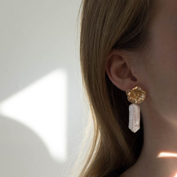 Käthe earrings pearl | gold