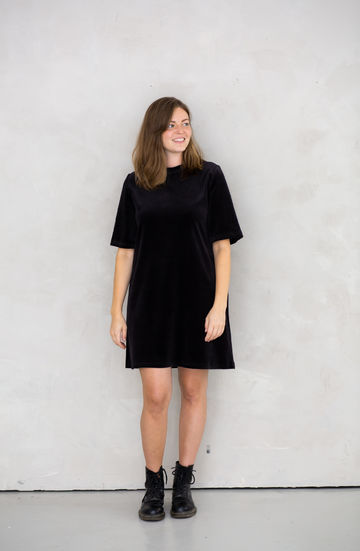 Juniper dress | black velvet