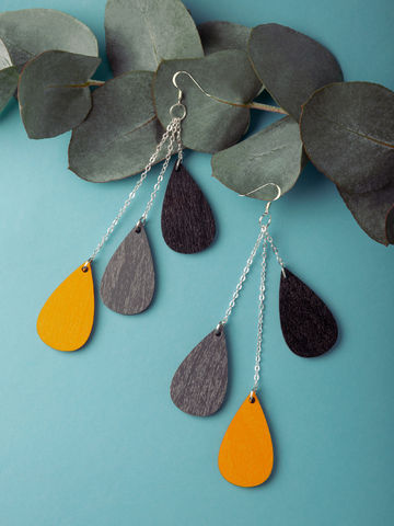 Drop earrings short | black/grey/saffron