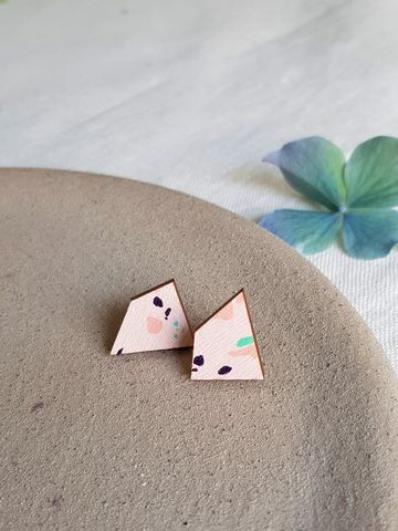 Muoto earrings | vaaleanpunainen terrazo