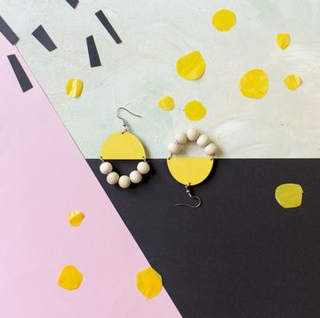 Huvitella earrings | yellow