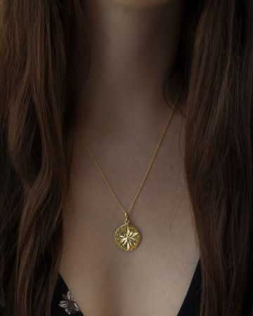 Sirikit necklace | gold