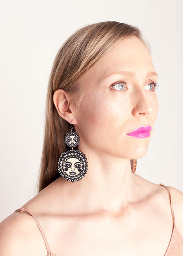 Sunny earrings double dangle | black/wood