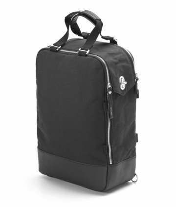 Daypack | black leather canvas