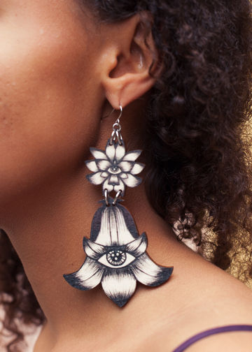 Totem Flowers earrings double dangle | black/wood
