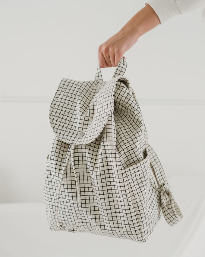 Drawstring backpack | natural grid