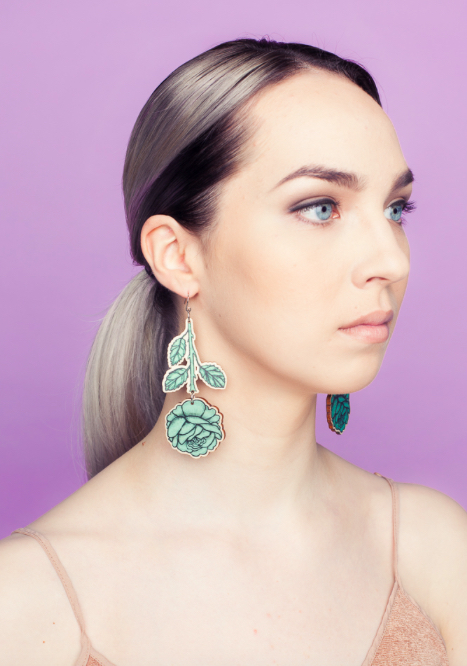 Rose Branch dangle earrings | sweet mint green